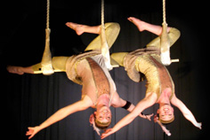 ROARING 20S THEMED ENTERTAINMENT - AERIAL ACROBAT FLAPPERS ACT