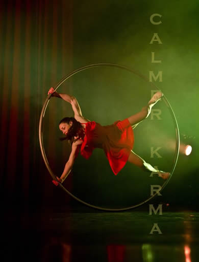 PARISIAN ROUGE ACROBATIC WHEEL PERFORMED TO ROXANNE FROM THE MOULIN ROUGE