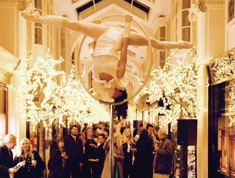 AERIAL ACROBAT - PORTABLE WOW FACTOR ACT TO HIRE