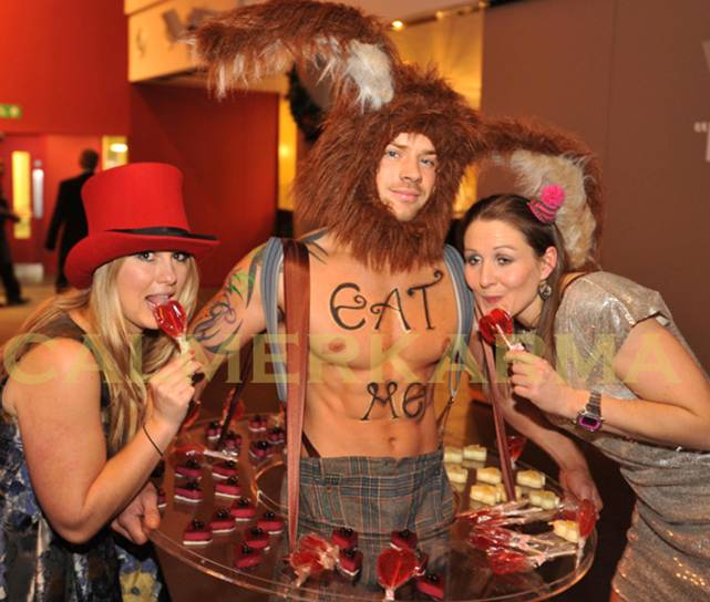 ALICE IN WONDERLAND THEMED ENTERTAINERS TO HIRE MANCHESTER AND LONDON - MAD MARCH HARE CANDY BOY