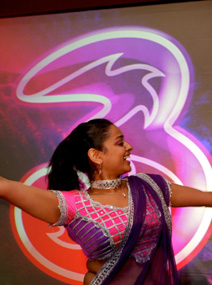 BOLLYWOOD DANCERS - POPULAR BOLLYWOOD THEMED ENTERTAINMENT