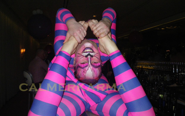ALICE IN WONDERLAND THEMED ENTERTAINMENT - CHESHIRE CAT CONTORTION BRISTOL