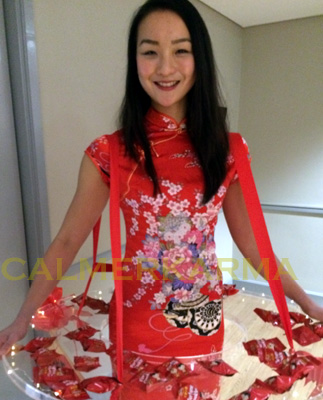 CHINESE-THEMED-ENTERTAINMENT-CANAPE OR FORTUNE COOKIE HOSTESSES