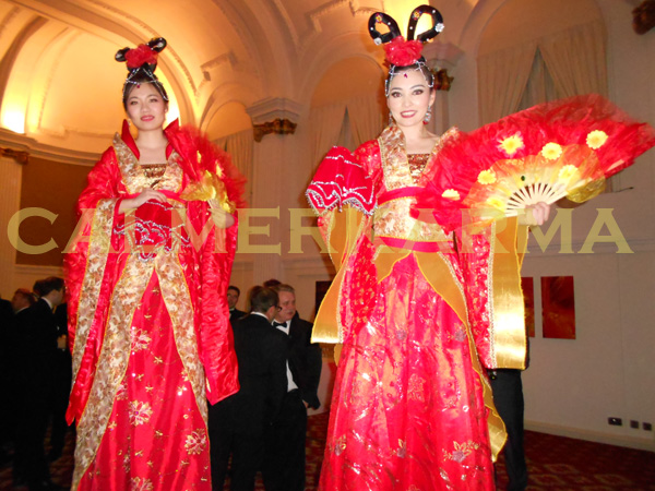 CHINESE STILT WALKERS TO HIRE - LONDON, MANCHESTER, BRISTOL, BIRMINGHAM, UK