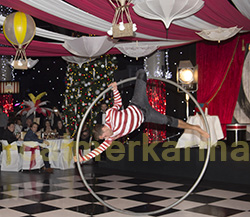 CIRCUS THEMED ENTERTAINMENT - DRAMATIC WHEEL ACROBAT TO HIRE UK AND OVERSEAS