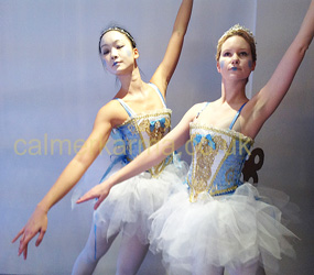 BALLERINAS FOR EVENTS - CLOCKWORK BALLERINAS -NUTCRACKER THEME BALLET LONDON