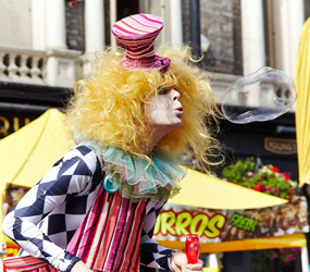 CLOWN STILTS TO HIRE LONDON, MANCHESTER, BIRMINGHAM, HARROGATE
