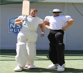 CRICKET THEMED STILTS - CRICKETER & UMPIRE - SPORTS THEMED ENTERTAINMENT TO HIRE