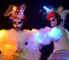 DAY OF THE DEAD THEMED ENTERTAINMENT - DAY OF THE DEAD CARNIVAL STILTS TO HIRE