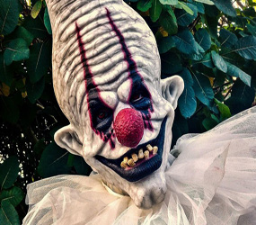 HALLOWEEN ACTS - DEMON CLOWN PERFORMER UK HIRE