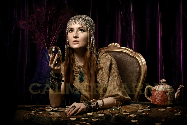 FORTUNE TELLERS FOR PARTIES AND CORPORATE EVENTS -CRYSTAL BALL READER -UK