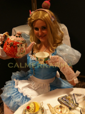 FORTUNE TELLERS FOR EVENTS -ALICE IN WONDERLAND THEMED