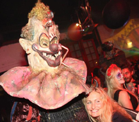 HALLOWEEN ENTERTAINMENT - TERRIFYING CLOWNS TO HIRE UK