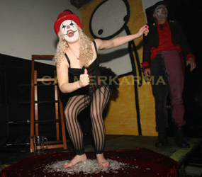 halloween twisted circus themed entertainment - scary acts