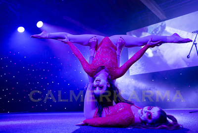 HALLOWEEN THEMED ENTERTAINMENT-CONTORTION DOUBLES ACT