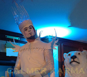 ice king stilts -xmas themed acts to hire