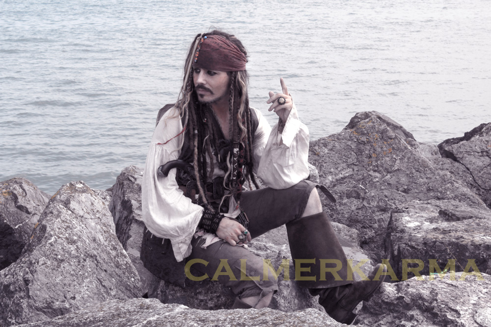 PIRATE THEMED ENTERTAINMENT - JACK SPARROW LOOKALIKE TO HIRE UK