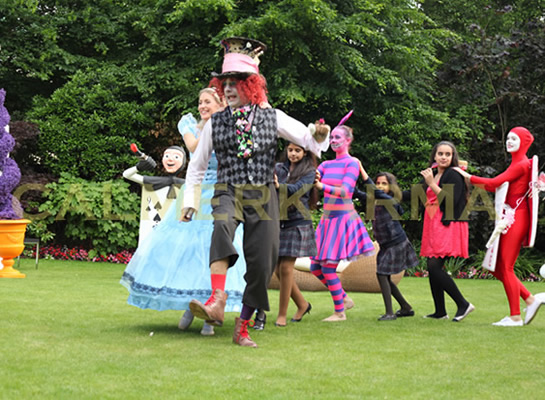 ALICE-IN-WONDERLAND-ENTERTAINMNENT-MAD-HATTER-TO-HIRE-CONGA-UK