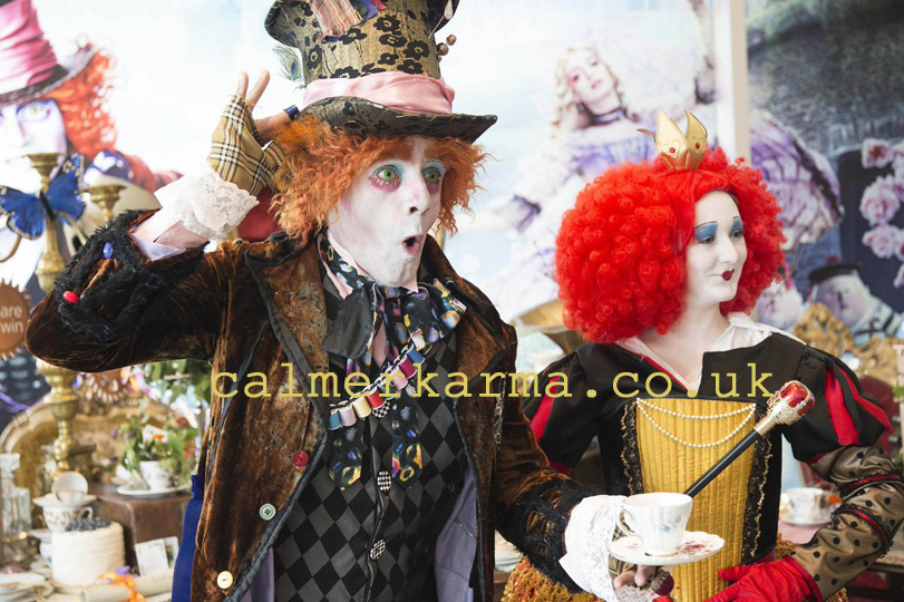 ALICE IN WONDERLAND THEMED ENTERTAINMENT -MAD HATTER LOOKALIKE + RED QUEEN PERFORMER TO HIRE - UK