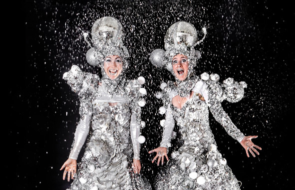 STILT WALKERS TO HIRE - CHRISTMAS THEMED STILTS - THE MIRRORBALL GIRLS