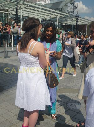 PALM READERS AND PALMISTRY FOR EVENTS LONDON AND UK - LONDON EYE EVENT