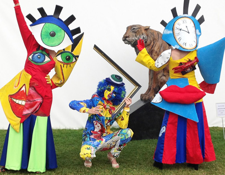 THE PICASSO PEOPLE ART, FESTIVAL AND SURREAL THEMED ENTERTAINMENT HIRE
