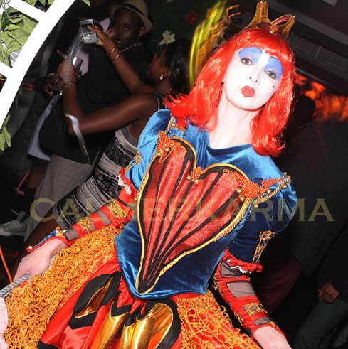 ALICE IN WONDERLAND THEMED ENTERTAINMENT -RED QUEEN ACT -MANCHESTER