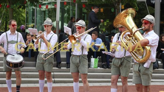 GARDEN ENTERTAINMENT -ROVING BANDS -ECCENTRIC BRASS