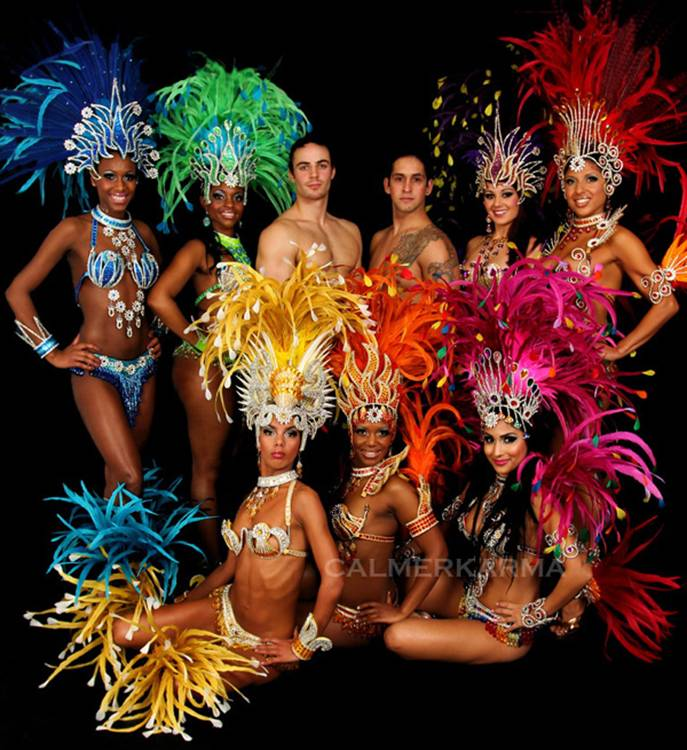 WORLD CUP THEMED  ENTERTAINMENT RIO SAMBA DANCERS