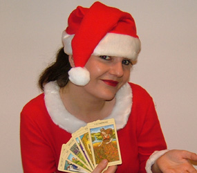 CHRISTMAS THEMED FORTUNE TELLERS - SANTA BABY TAROT READER - LONDON, MANCHESTER, LEEDS