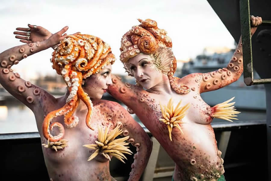 WATER AND SEA THEMED ENTERTAINMENT THE OCTOPUS MERMAID ACT- UK
