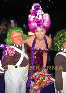 willy wonka themed acts to hire - wonka bonkers, dwarf oompa loompas and willy wonka lookalike