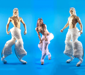 WINTER WONDERLAND ACTS - WINTER FAWN STILTS TO HIRE UK