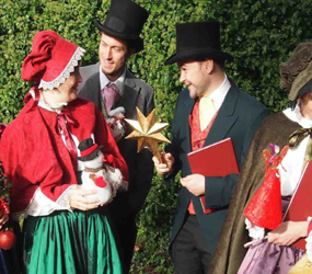CHRISTMAS ENTERTAINMENT - CAROL SINGERS TO HIRE LONDON