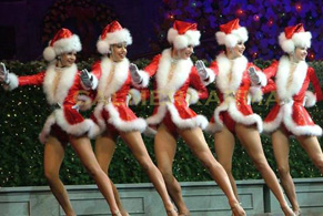 XMAS PARTY ACTS TO HIRE - SANTA DANCERS UK