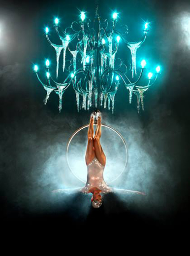 AERIAL ACROBATS - STUNNING AERIAL HOOP ACT TO HIRE UK
