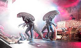 aliens -funky new walkabout entertainment