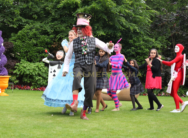Alice in Wonderland Themed Entertainment - conga?
