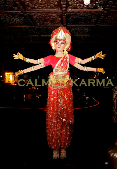 BOLLYWOOD-STILT-WALKER-ACTS-INDIAN-GODDESS-STILTS