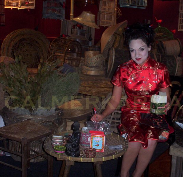 CHINESE THEMED ENTERTAINMENT - CHINESE TEA LEAF READER TO HIRE LONDON MANCHESTER BRISTOL BIRMINGHAM