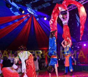 CHINESE THEMED ENTERTAINMENT - DYNAMIC CHINESE ACROBAT ACTS TO HIRE
