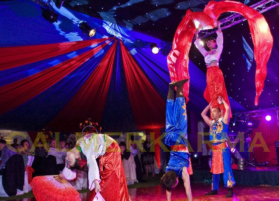 CHINESE THEMED ENTERTAINMENT - DYNAMIC ACROBATIC TROUPE - UK