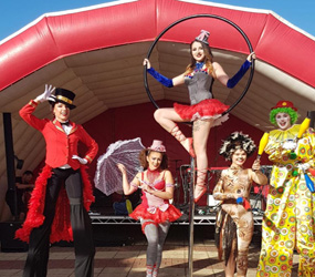 CIRCUS ACTS AND CIRCUS THEMED ENTERTAINMENT TO HIRE LONDON, MANCHESTER, UK