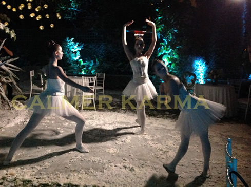 WINTER WONDERLAND THEMED DANCERS - CLOCKWORK ICE BALLERINAS