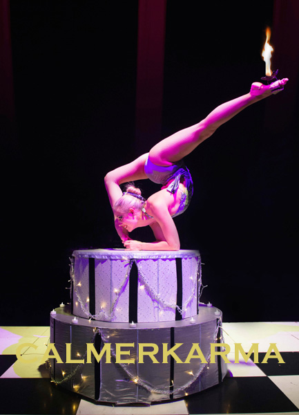 CONTORTIONIST ACT TO HIRE - STUNNING CONTORTION IN A CAKE ACT LONDON