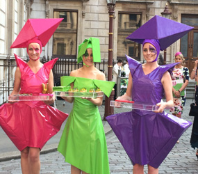 ART THEMED ENTERTAINMENT - THE FASHIONISTAS - CANAPES WITH ATTITUDE