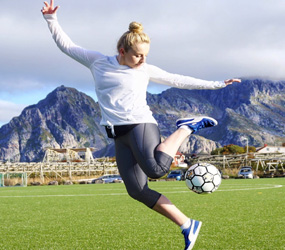 FOOTBALL FREESTYLER ACTS TO HIRE -SPORTS EVENTS UK