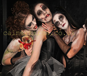 HALLOWEEN SCARY HOSTESSES THE ZOMBIE DOLLS
