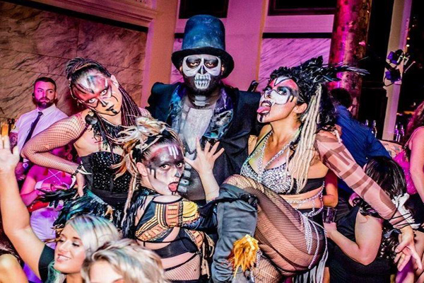 HALLOWEEN THEMED ENTERTAINMENT HIRE - SASSY DEMON DANCERS