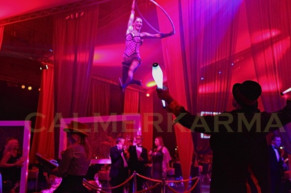 CIRQUE THEMED ENTERTAINMENT -AERIAL HOOP ACT AND JUGGLER UK